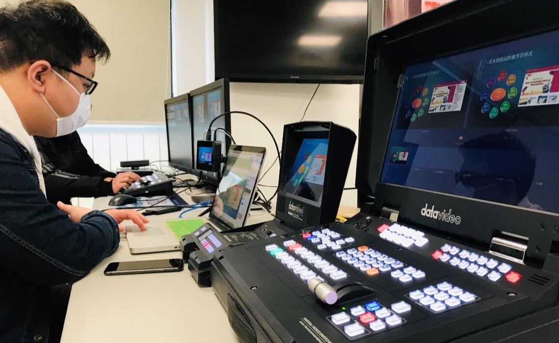 虚拟快讯 —记2020年青少年影像创作实践与提升在线培训系列之 《校园影像创作常见的形式》首播成功