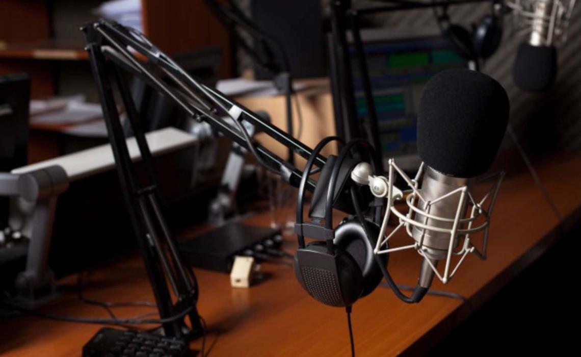 融�|媒多元发展,电台创∴新可视化