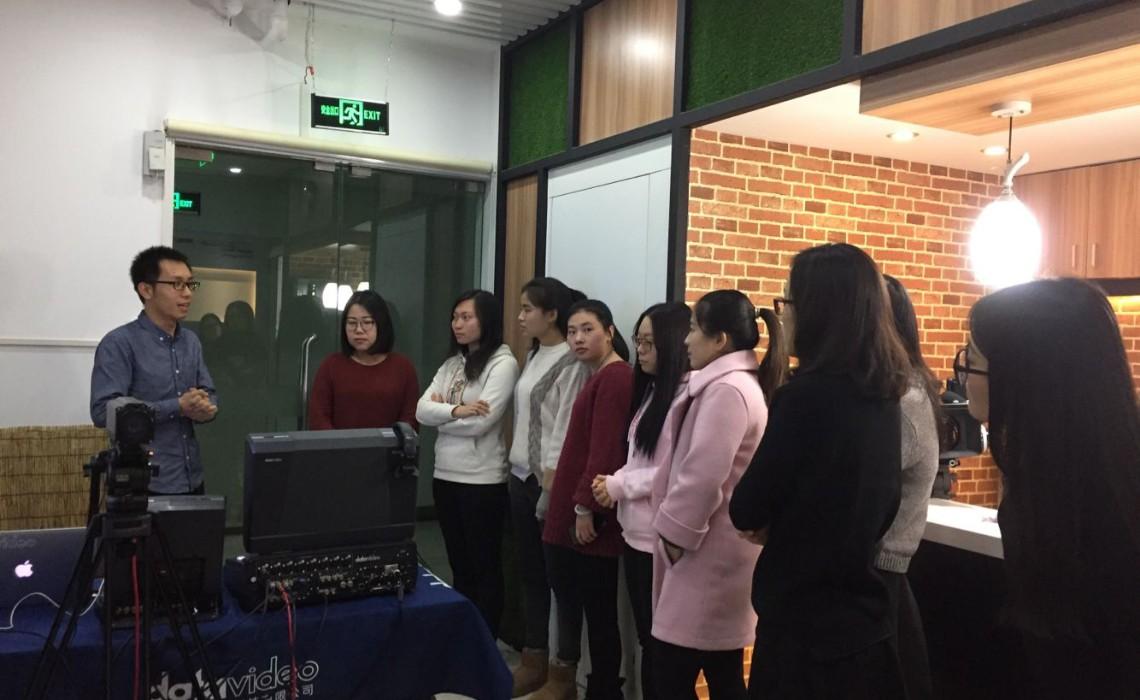 北京房山区微课制作培训之——洋铭微课教室、虚拟课堂、多机位节目制作