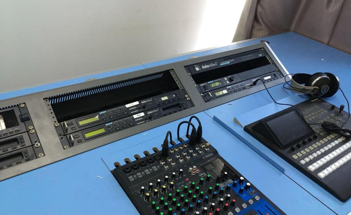 中国石油大学VGB-1000R微课教室使用案例